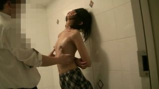 JCを縛り上げひたすら乳首をいじり倒す動画 中学生でも感じるんだね | ミニロリ倶楽部