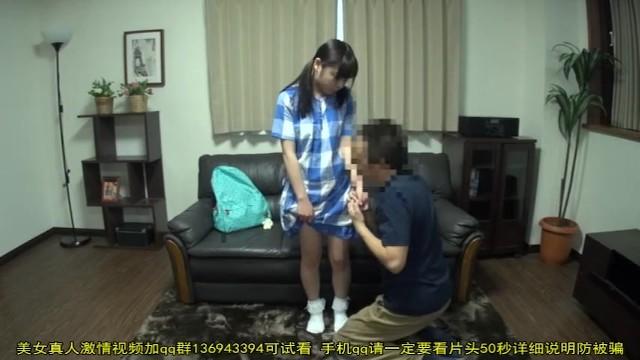 低身長ガチロリ少女のパイパンマンコとアナルを執拗に攻めるおじさん | ミニロリ倶楽部