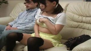 パパと娘のAV鑑賞 お互いだんだん興奮しちゃって触りっこ | ミニロリ倶楽部